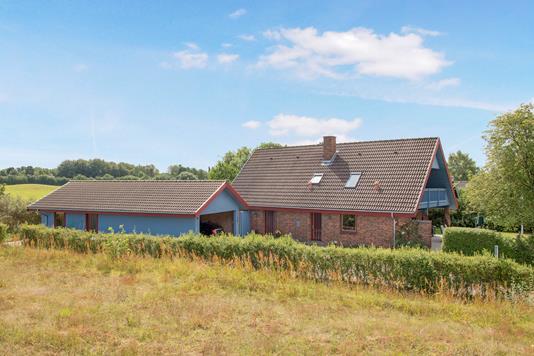 Villa på Tjørnebakken i Ruds Vedby - Ejendom 1