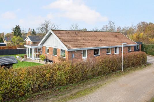 Villa på Bakkedraget i Høng - Ejendom 1